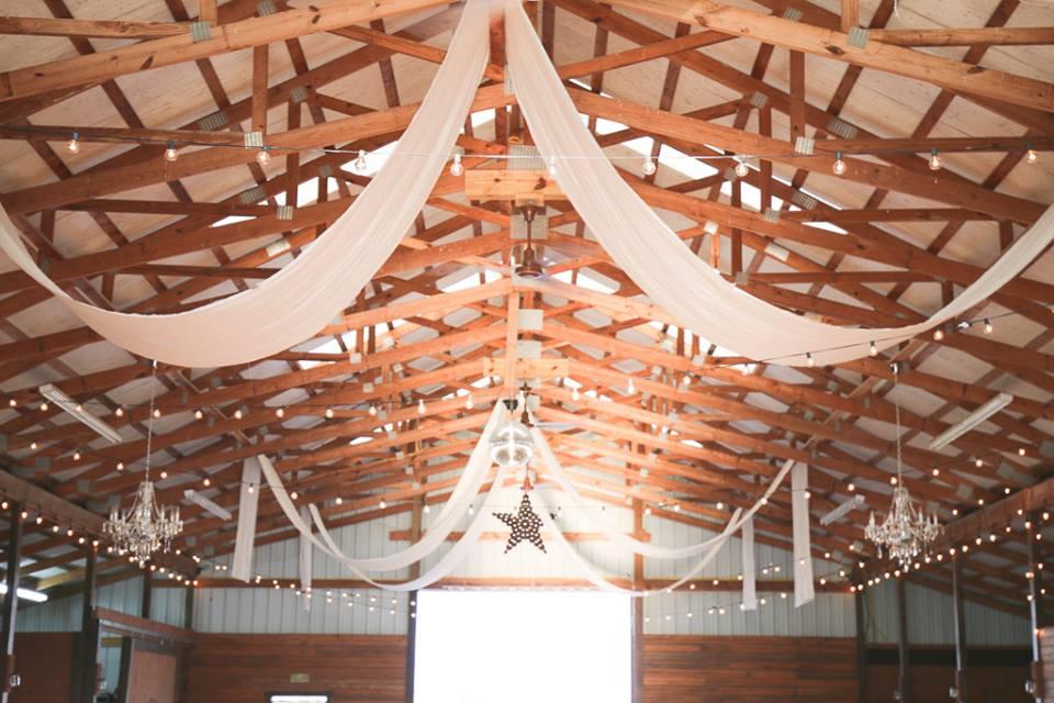 Amazing Wedding Decor Options Tulsa Wedding Venues White Barn Events